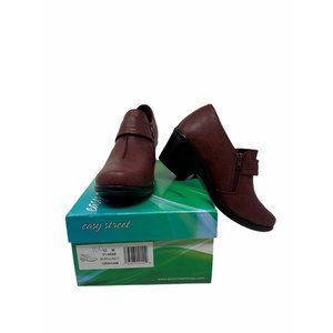 Easy Street Burgundy Graham Ankle Booties Size 10M